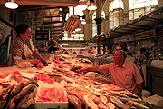 Europe, Spain, Spanish, Valencia, architecture, central market, market, markets, fish, market stall, markets stalls, fish market, people, FF25,