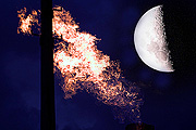 Australia, New South Wales, granville, refinery, refineries, gas, tank, tanks, storage tank, storage tanks, burn, burns, burning, flame, flames, moon, the moon, CS34,