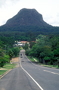 Australia, qld, queensland, pomona, mount cooroora, mt cooroora, mountain, mountains, road, roads, sealed, sealed road, sealed roads, tree, trees.