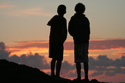 Australia, qld, queensland, currumbin, coast, coasts, coastline, coastlines, people, child, children, boy, boys, male, males, silhouette, silhouettes.