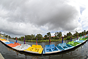 Australia, SA, South Australia, Adelaide, boat, boats, boating, paddle, paddles, paddleboat, paddleboats, river, rivers, torrens, torrens river, river torrens, umbrella, umbrellas, storm, storms, cloud, clouds, PB20,