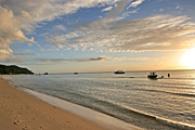 Australia, qld, queensland, island, islands, moreton, moreton island, beach, beaches, coast, coasts, coastal, coastline, coastlines, DFF, DFFNATPKS, seashore, seashores, boat, boats, boating, moored, moored boat, moored boats, cloud, clouds, moreton island np, moreton island national park, national park, national parks