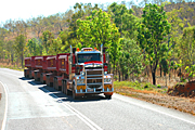 Australia, transport, transportation, vehicle, vehicles, heavy vehicle, heavy vehicles, truck, trucks, road train, road trains, roadtrain, roadtrains, sign, signs, road, roads, sealed, sealed road, sealed roads, tree, trees, outback, australian outback, outback australia.