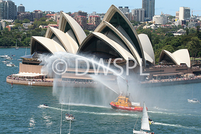 stock photo image: Australia, New South Wales, sydney, Australia Day, Celebration, Celebrations, Australia day celebrations, boat, boats, boating, opera house, sydney opera house, opera house, harbour, harbours, sydney harbour.