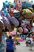 Australia, New South Wales, sydney, easter show, easter shows, royal easter show, royal easter shows, show, shows, entertainment, gas, balloon, balloons, people.