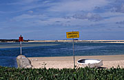 Australia, qld, queensland, maroochydore, cotton tree, sign, signs, danger, dangerous, currents, water, boat, boats, sand, beach, beaches.