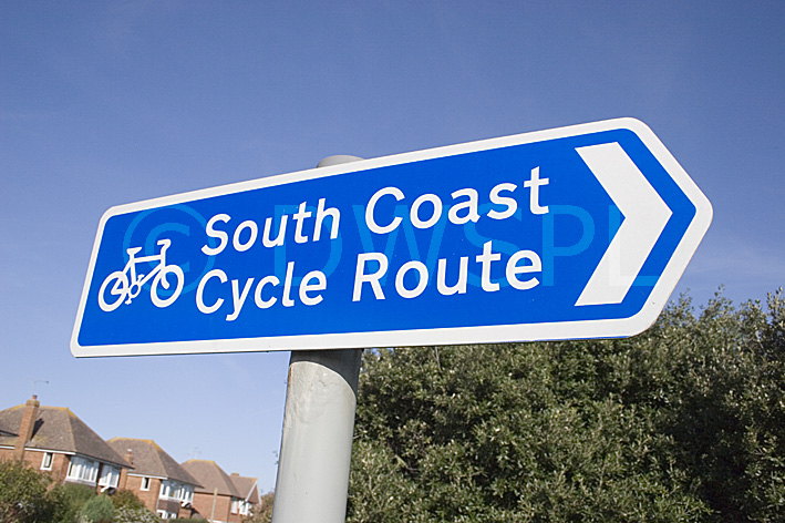 stock photo image: Sign, signs, cycle, cycles, bicycle, bicycles, bike, bikes, arrow, arrows, Australia, Sport pictures, Sports, balloon images, hot air balloons