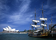 Australia, New South Wales, Opera House, Sydney Opera House, Architecture, Joern Utzon, Sydney, Sydney Harbour, harbour, harbours, water, Sydney Harbor, ship, ships, shipping, vessel, vessels, early ship, early ships, old ship, old ships, bounty, HMS bounty, water, sailing ship, sailing ships, harbour, harbours.