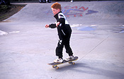 Sport pictures, Sports, skateboard, skateboards, skateboarding, skateboard rider, skateboard riders, CHILD, CHILDREN, male, males, boy, boys.