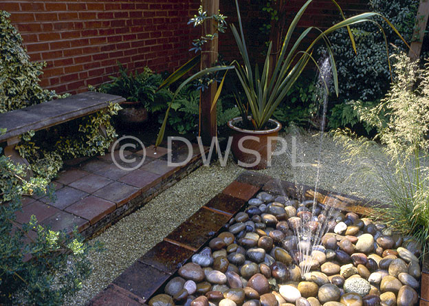 Pebble Garden Waterfeature