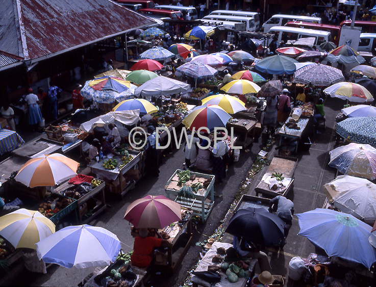 stock photo image: Caribbean, the caribbean, carribean islands, saint george, st george, grenada, market, markets, spice, spices, spice market, spice markets, umbrella, umbrellas, FF25,