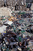 Australia, recycle, recycles, recycling, paper, recycling centre, recycling centres, wine, wine bottle, wine bottles, bottle, bottles, glass bottle, glass bottles, recycling glass, glass recycling, paper, shred, shreds, cardboard, shredded, shredded paper.