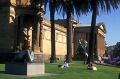 Australia, New South Wales, sydney, gallery, galleries, art, art gallery, art galleries, art gallery of new South Wales, art gallery of nsw, architecture, statue, statues, palm tree, palm trees, lawn, lawns, park, parks.