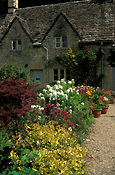 Europe, Western Europe, UK, Britain, British Isles, England, United Kingdom, Great Britain, roof, roofs, rooves, gloucester, gloucestershire, cotswolds, bibury, house, houses, housing, cottage, cottages, garden, gardens, english garden, english gardens.