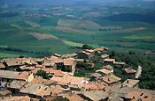 Italy, Tuscany, Monte Pulciano, architecture, house, houses, housing.
