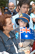 Australia, People, NSW, New South Wales, sydney, Anzac, Anzacs, Anzac Day, Anzac Days, parade, parades, Anzac Day parade, Anzac Day parades, Anzac Day March, crowd, crowds, child, children, woman, women, flag, flags, australian, australian flag, australian flags.
