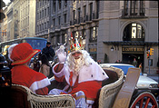 Christmas, christmas scene, christmas scenes, santa, santa clause, Spain, Barcelona, People, Costume, costumes, christmas, christmas scene, christmas scenes, father christmas, carriage, carriages, crown, crowns.