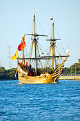 Australia, sa, south australia, adelaide, port adelaide, transport, transportation, vehicle, vehicles, ship, ships, shipping, vessel, vessels, history, historical ship, historical ships, replica, replicas, duyfken, little dove, william janszoon.