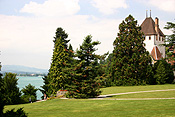 Europe, Switzerland, Swiss, Oberhofen, oberhofen am thunersee, lake, lakes, thun, lake thun, garden, gardens, lawn, lawns, tree, trees.